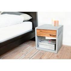Ein kleines Stauraumwunder. Sowohl im Schlafzimmer, im Flur oder neben einem Sessel, benötigt man stets eine Ablage und etwas Stauraum. Hierfür ist der NT - 40 wie geschaffen, seine Ablage hält Platz für alles was man benötigt, sei es die Schlüsselschale, ein Buch oder eine Nachttischlampe. Die 40x40cm große Ablagefläche ist genau richtig. In der schlichten Holzschublade finden jene Dinge einen Platz die nicht offen zugänglich oder nicht sofort sichtbar sein sollen. Genügend zusätzlicher ...