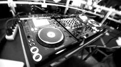Tracks:  Skrillex ft Diplo - Dirty Vibes Calvin Harris ft R3hab - Burning