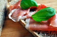 Grytebrød med hvete Ethnic Recipes, Food, Essen, Meals, Yemek, Eten
