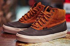 Vans Outdoor Switchback Boots - www. Skate Shoes, Me Too Shoes, Men's Shoes, Shoes Sneakers, Vans Boots, Shoe Boots, Boutique Lingerie, Designer Boots, Well Dressed Men