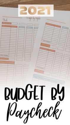 If you're living paycheck to paycheck, you need a budgeting method that works for you. The budget by paycheck method allows you to break down your monthly budget into smaller, more manageable chunks. This way, you are more likely to stick to your budget! #budgetbypaycheck #paychecktopaycheck #monthlybudgettemplate Monthly Budget Template, Budget Organization, Budgeting Worksheets, Student Loan Debt, Budgeting Finances, Budget Planner, Money Management, Saving Tips, Printables