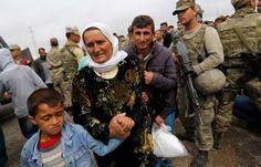سكان مدينة عين العرب ( كوباني) يعودون الى المدينة