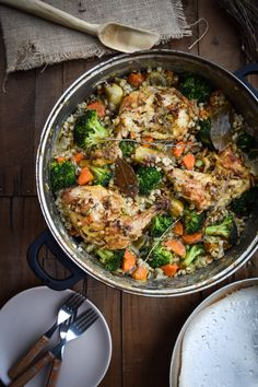 Cozy One-Pot Vegetable Barley and Roasted Chicken Thigh Pilaf