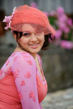 Hansika Motwani Cute Stills Beautiful Girl Indian, Most Beautiful Indian Actress, Beautiful Girl Image, Beautiful Women, Indian Celebrities, Beautiful Celebrities, Beautiful Actresses, Celebrities Fashion, Bollywood Bikini