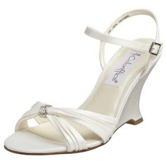 bridal shoes wedge for outdoor wedding, won't sink into the grass
