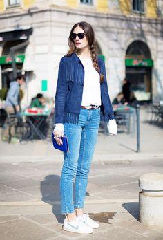 Blue suede fringe jacket + skinny cropped jeans + sneakers