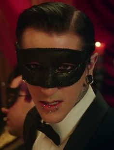 Chris Motionless, MY FAVORIOT PICTURE OF HIM!! He is so freakin attractive in this music video !!!! UNFFFF