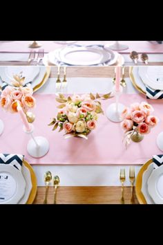 Navy, Pink & Gold wedding- if I don't do a wedding that's solely pink and gold