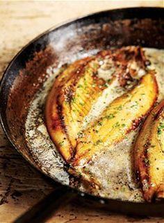Grilled kipper breakfast http://www.food-recipes.me/grilled-kippers-lemon-butter/