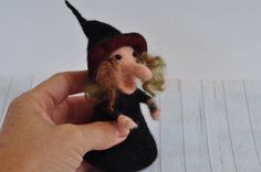 #witch #halloween #autumn #waldorf #playmat #witchdoll #wetfelted