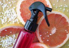 Spray Thermo-protecteur Lissant (100 ml) - A- Eau aromatique de Pamplemousse BIO :90 g - Actif Kératin'protect 3 g : - Actif Céramides végétales : 3 g - Actif Protéines de soie :0,5 g soit 12 gtt - Extrait aromatique de Pêche BIO :1,5 g soit 79 gtt - Conservateur Cosgard: 0,6 g soit 18 gtt. Ce Spray est un véritable soin sans rinçage qui protège la fibre capillaire des agressions thermiques du sèche-cheveux et du fer à lisser. Vaporisez sur vos cheveux essorés ou secs, puis coiffez