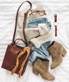 fall outfit flat lay flat lay flatlay in Alexa Chung Style, Fashion Flats, Look Fashion, Autumn Fashion, Flat Lay Fashion, Lolita Fashion, Fashion Women, Fashion Online, Fashion Dresses