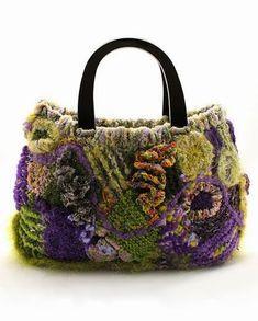 """In rete con la stringa """"freeform"""" trovate la realizzazione di stupende borse. Le più interessanti sono quelle realizzate da Prudence Mapst..."""