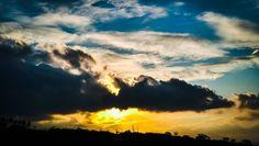 Das delícias de dirigir!! Foto feita pelo celular na BR-232 Gravatá-PE.  #tramelamultimídia #vamostramelar #sunset #pordosol #silhouette #silhueta #driving #travel #freeway #estrada #viagem #gravatá #pernambuco #brasil