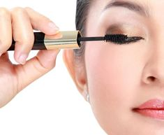 456e0d04fb4 If you want to grow eyelashes fast you can make your eyelashes grow faster  by using some of the best eyelash growth products on the market.