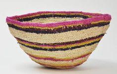 tjanpi and the desert Aboriginal Artists, Indigenous Art, Basket Weaving, Woven Baskets, Japanese Design, Textile Design, Wearable Art, Fiber Art, Wicker