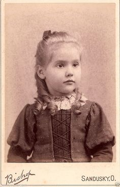 Vintage Cabinet Photo Card  Beautiful Amazing Girl Chair Sandusky Ohio Fashion. 1890s.