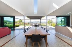 Far Horizon House by Gary Todd Architecture Sutton House, Cedar Walls, Brick Walls, Modern Farmhouse Exterior, Shed Homes, Metal Buildings, Outdoor Living Areas, Built Environment, Modern Architecture
