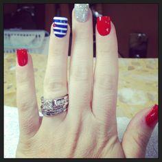 03 fantastic bright summer and fourth of july nail design ideas #Bestsummernails