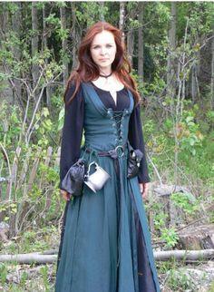Resultado de imagen de vestidos vikingos mujer