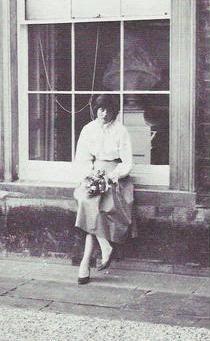 Lady Diana Childhood ::
