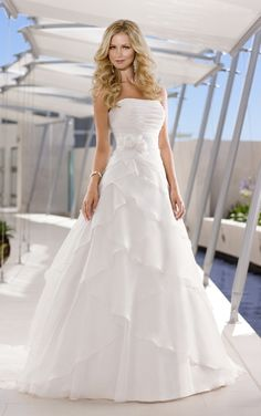 This might be my dress !!  I love IT !!!!!!!!!!   Stella York - Style 5580