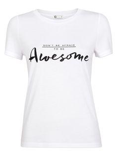 T-skjorte i myk kvalitet med print foran.  White