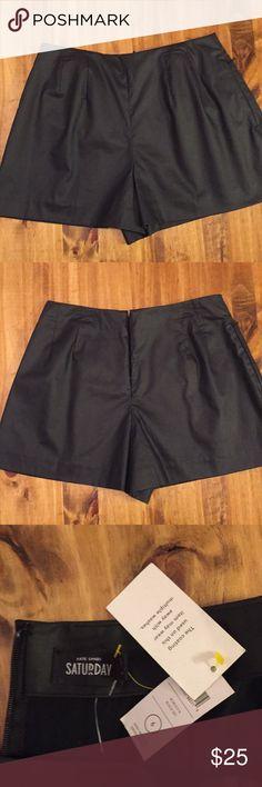 Kate Spade Saturday Shorts High Waisted  Zipper Back  Pocket kate spade Shorts