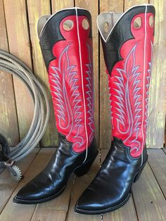 Classic Combination, makes a great work boot or fancy dress boot. Simple and elegant. Cowboy Art, Cowboy Western, Western Style, Western Wear, Western Boots, Custom Cowboy Boots, Custom Boots, Long Boots, Tall Boots