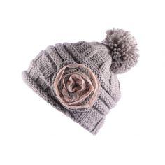 Bonnet Pompon Lya Gris Dentelle Beige #soldes #bonplan #bonnets sur votre boutique Headwear ! @hatshowroom