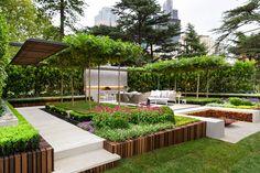 Landscape architect, Nathan Burkett has won the Show Garden Gold Medal at the 2015 Melbourne International Flower and Garden Show. Landscape Structure, Landscape Architecture, Landscape Design, Roof Structure, Architecture Design, Modern Landscaping, Garden Landscaping, Contemporary Garden Design, Contemporary Landscape