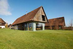 Auf der Sonnenseite: Der Wohnbereich im Erdgeschoss und das darüber liegende Schlafzimmer sind nach Südosten ausgerichtet.