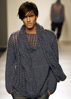 Men's gray chunky knit sweater with attached scarf detail
