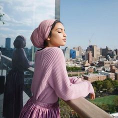 Discover recipes, home ideas, style inspiration and other ideas to try. Turban Hijab, Turban Mode, Muslim Fashion, Modest Fashion, Hijab Fashion, Fashion Outfits, Fashion Days, Fashion Belts, Red Fashion