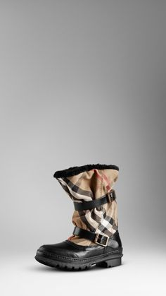 BURBERRY HOUSE CHECK SNOW BOOT.  READY FOR THE NEVER KNOW WHEN IT WILL SNOW CHICAGO WINTER!