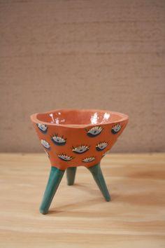 Leggy Planter #ceramic #pottery #pot #planter #clay #illustration #design #homedecor #succulent #handmade #etsy #pinchpot #terracotta #eyeballs