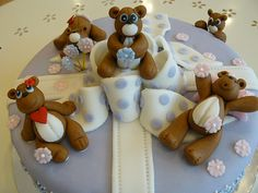 teddy bear cake by doreenseng, via Flickr
