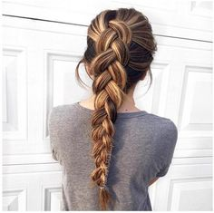 Simple braids are the best! Quick tip: pull the edges on the braid to make it look even fuller!