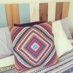 Lana, Blanket, Crochet, Toss Pillows, Ganchillo, Blankets, Cover, Crocheting, Comforters