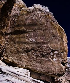 Significant petroglyphs :: El Libertario Aliens And Ufos, Ancient Aliens, Ancient Art, Ancient History, Alien Artifacts, Mystery Of History, Ancient Mysteries, Ancient Civilizations, Archaeology