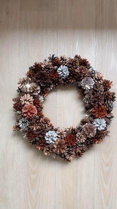 Christmas Pine Cones, Christmas Ornament Wreath, Christmas Wreaths, Christmas Crafts, Christmas Decorations, Pine Cone Art, Pine Cone Crafts, Pine Cone Wreath, Diy Crafts For Home Decor