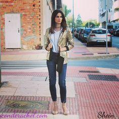 Shein Sequin Blazer - Temporada: Otoño-Invierno - Tags: shein, lentejuelas, blazer, ootd, fashionblogger, outfit - Descripción: Hoy os traigo un outfit con una chaqueta de lentejuelas doradas de Shein :)   http://www.elrinconderachel.com/outfits/shein-sequin-blazer-outfit/