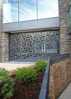 Puerta corredera residencial de chapa fald n y autom tica - Puertas metalicas valentin ...