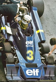 1976 Jody Schekter, Tyrell P34 Ford 6 Wheel I remember this!!!