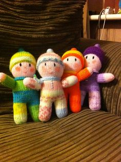 Rainbow Babies, knitted from a Jean Greenhowe pattern for charity. – Knitting patterns, knitting designs, knitting for beginners. Knitting For Kids, Knitting For Beginners, Loom Knitting, Knitting Projects, Baby Knitting, Free Knitting, Knitted Bunnies, Knitted Animals, Knitted Dolls