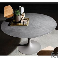 Flute Round Dining Table by Sovet Italia