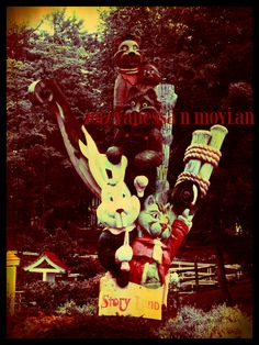 Storyland totem pole - June 2, 2012