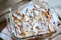עוגת תפוחים איטלקית - נשואה למאפייה Cake Icing, Fondant Cakes, Pizza Recipes, Cake Recipes, Food Photography Styling, Family Meals, Family Recipes, Cake Cookies, Food Dishes