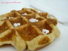 Lige waffles the perfect recipe Healthy Waffles, Savory Waffles, Easy Waffle Recipe, Waffle Recipes, French Desserts, No Cook Desserts, Chocolate Waffles, Vegan Chocolate, Food Tags