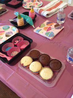 {Crafty Mama Kids cupcake decorating party}  #cupcakesforkids